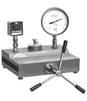 HYDRAULIC COMPARISON CALIBRATION PUMPS BT 400  B